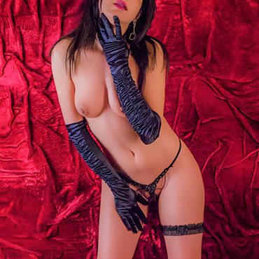 Erotic massage in Bucharest with Erika